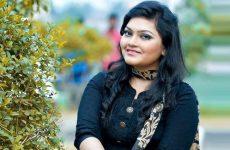 'প্রেম চোর' সিনেমায় গাইলেন সাবা 24